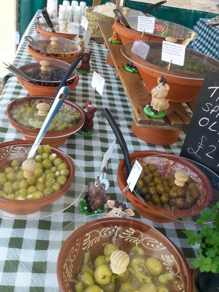 MarDeOlivos Spanish olives and Olive products